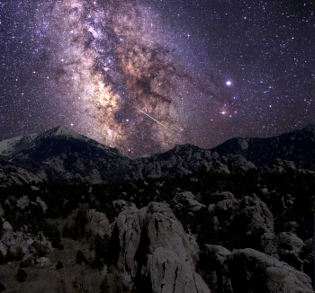 Milky Way above City of Rocks